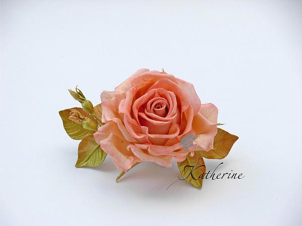 роза из шелка